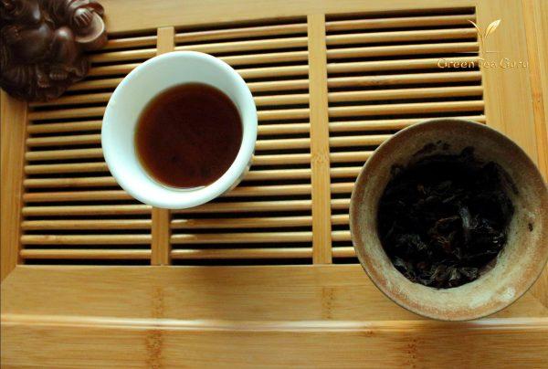 1999 'Jing' Semi fermented Raw Pu erh tea cake